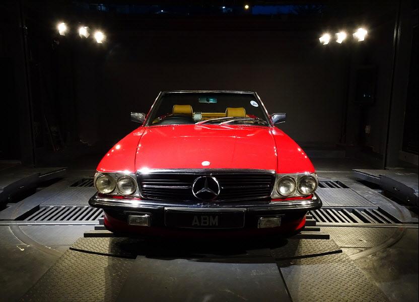 1981 MERCEDES 280SL