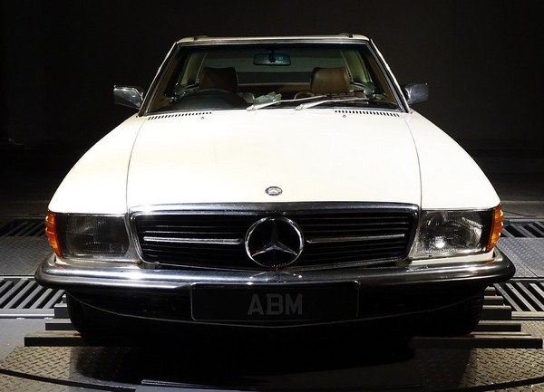 1982 MERCEDES 280 SL