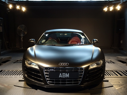 [SOLD] 2010 AUDI R8 5.2 R-TRONIC