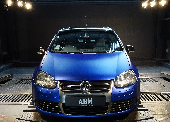 [SOLD] 2008 VW GOLF R32